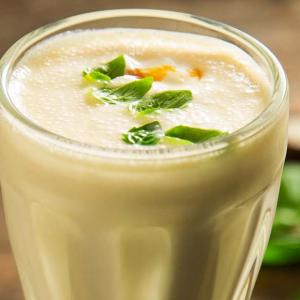 Milkshake de coco y maracuyá
