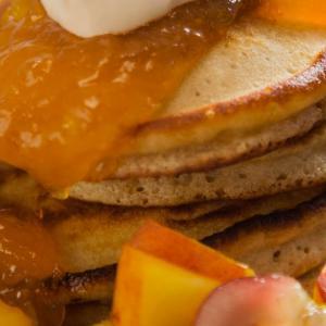 Pancakes de mango y jengibre