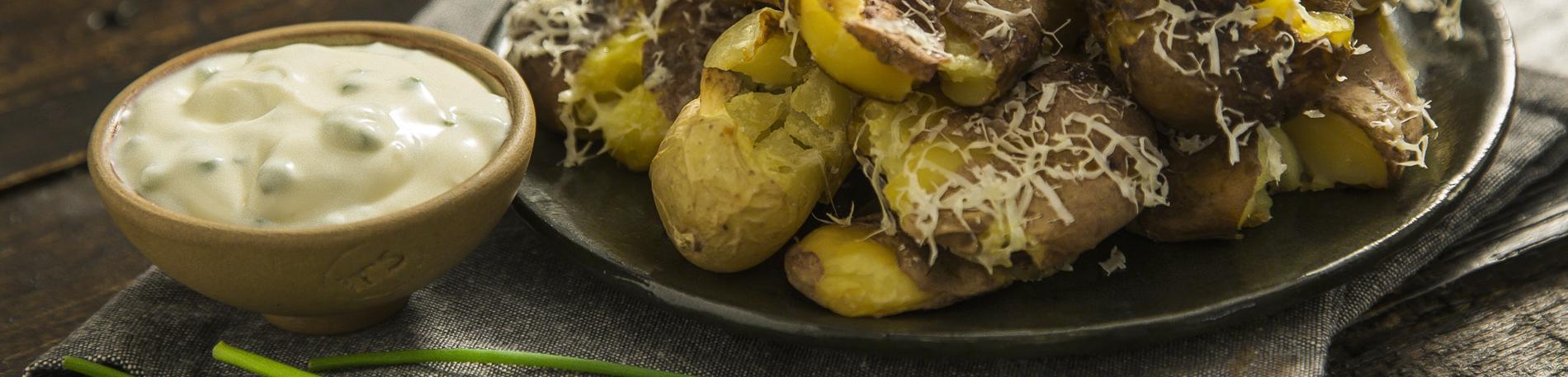 Chips de papa con trufa y parmesano